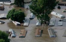 Colorado floods continue to strand entire towns