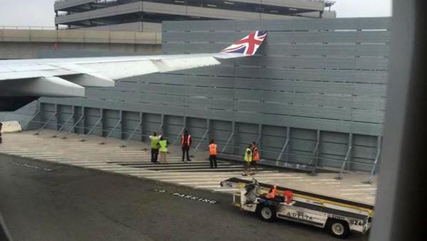 Virgin Atlantic Wing Hits Blast Fence Before Takeoff At