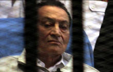 Mubarak back in Cairo court