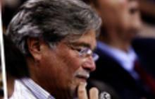 Carnival's CEO Micky Arison steps aside