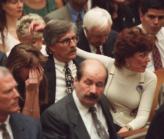o j simpson trial how racism and [writer's name] [supervisor's name] [subject] [date] oj simpson's trial: the affects of racism and media portrayal introduction the case of oj simpson is based on the murder of his x-wife and her boyfriend.