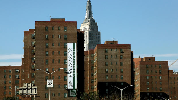 20 Something Manhattan Apartment: Manhattan's Largest Apartment Complex To Be Sold For $5.3B