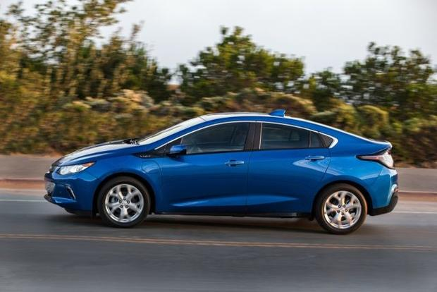 Electric Or Hybrid Car Chevrolet Volt 12 Of The Best