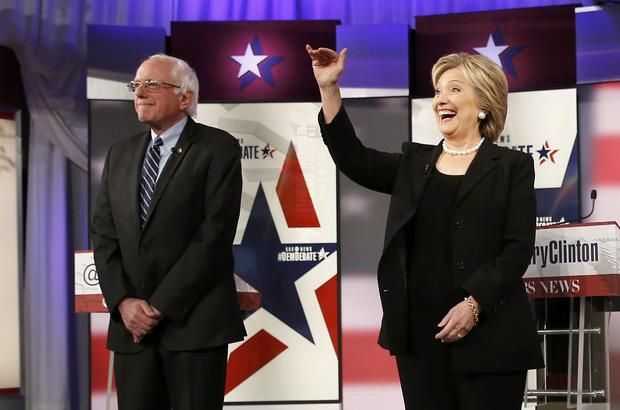 ... candidates square off in Iowa debate - Pictures - CBS News