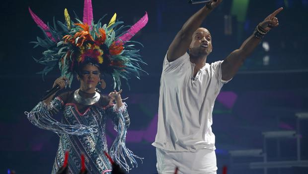 2015 Latin Grammys highlights and winners