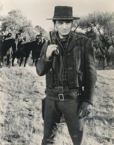 Robert Loggia 1930-2015