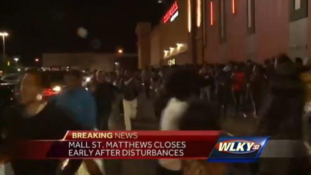 No arrests after 2000 teens fight at Louisville mall