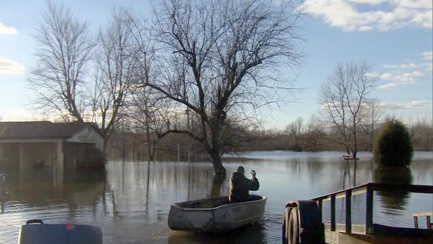 il-floods-2.jpg