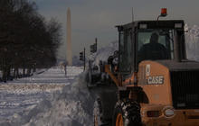 D.C. struggles to recover from record blizzard