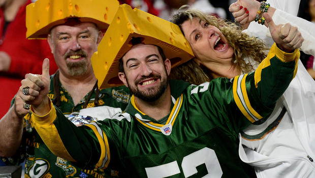 fans sports football getty cbs obsessive poll packers bay