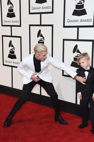 Grammys 2016 red carpet