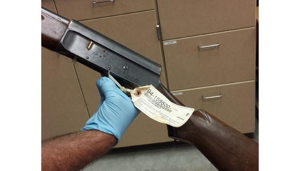 New photos show Kurt Cobain suicide gun, cops say