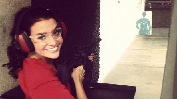Shayna在目标练习