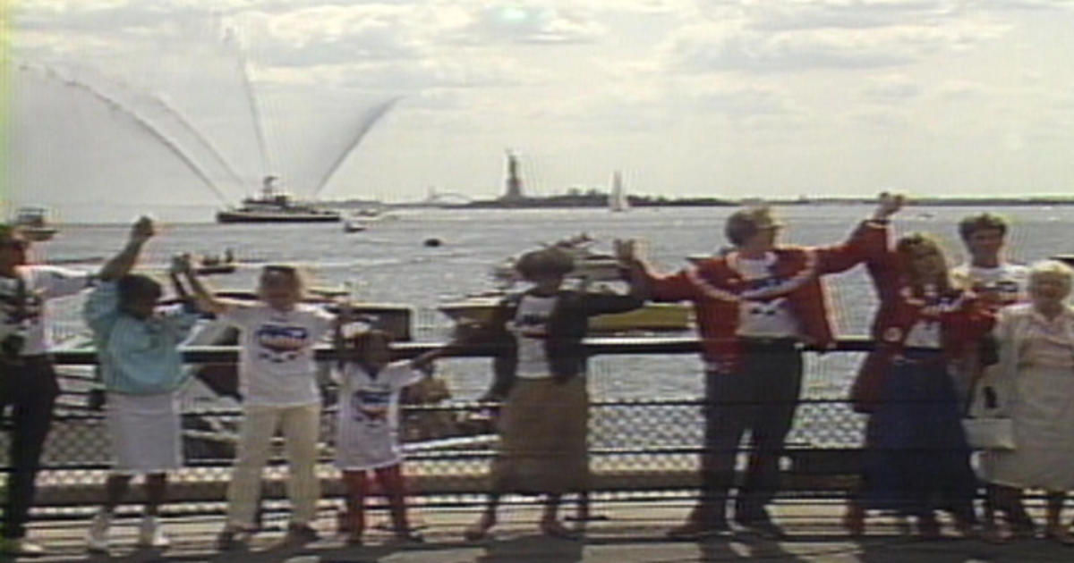 On this day: Hands Across America