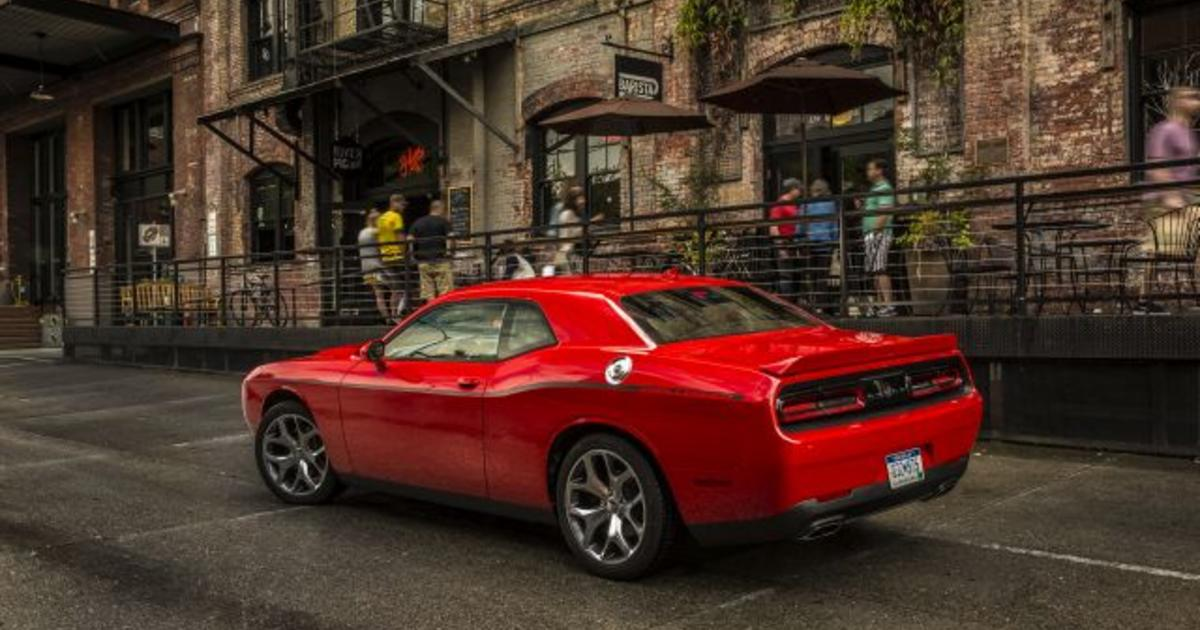 5 of the best new car deals for memorial day cbs news. Black Bedroom Furniture Sets. Home Design Ideas