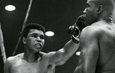 Muhammad Ali dies at 74