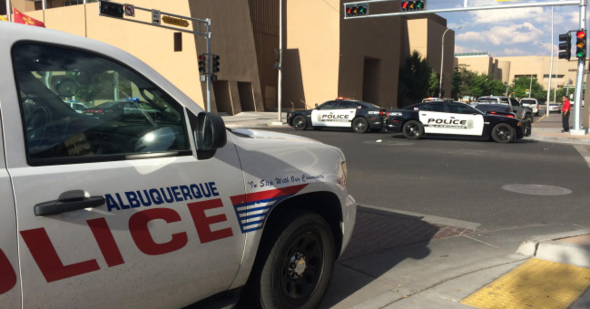 Albuquerque Police Respond To Possible Hostage Situation