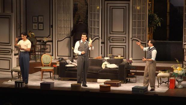克利夫兰播放屋演员,舞台上-620.jpg