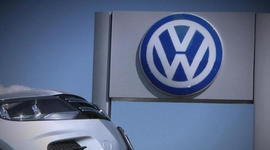VW emissions scandal involved top execs, lawsuits claim