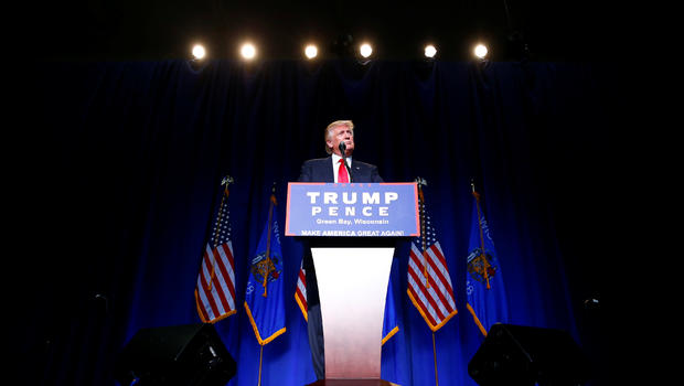 Clinton is queen of corruption, says Donald Trump