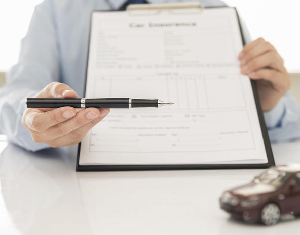 How to get cheap car insurance - Page 2 - CBS News: www.cbsnews.com/media/how-to-get-cheap-car-insurance/2