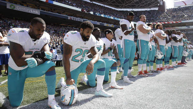 Miami Dolphins Players Kneeling during National Anthem, September 11, 2016