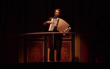 On Broadway: Josh Groban