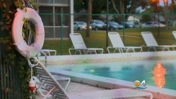 Mother, daughter found dead in Florida pool
