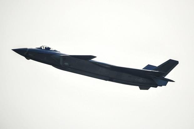 china-j-20-stealth-fighter-jet-619601972.jpg