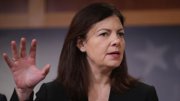 Ayotte ad targets students on way to Chelsea Clinton event