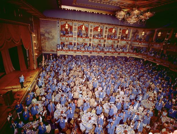 尼尔-斯拉-1974-ELECTROLUX-真空清洁-convention.jpg