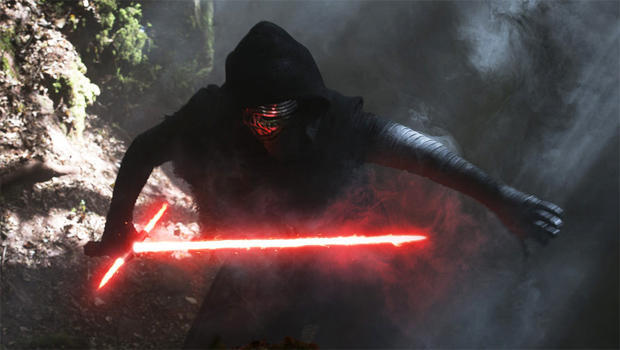 star-wars-the-force-awakens-adam-driver-kylo-ren-620.jpg