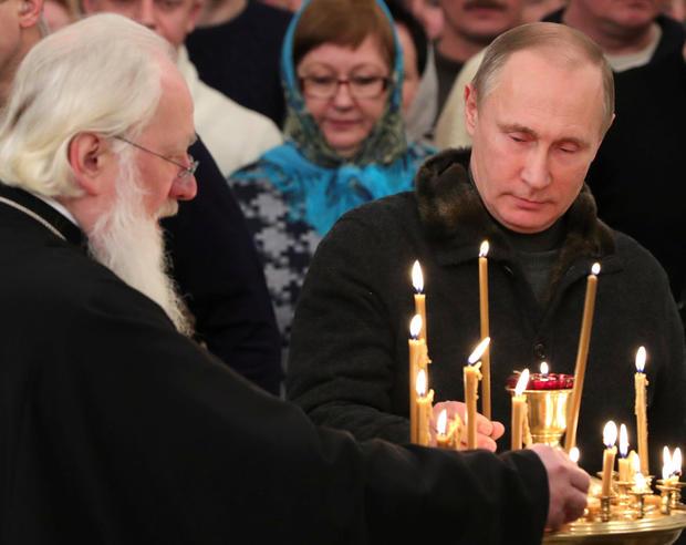 2017-01-06t222514z-83566221-rc1dee564060-rtrmadp-3-christmas-season-russia.jpg