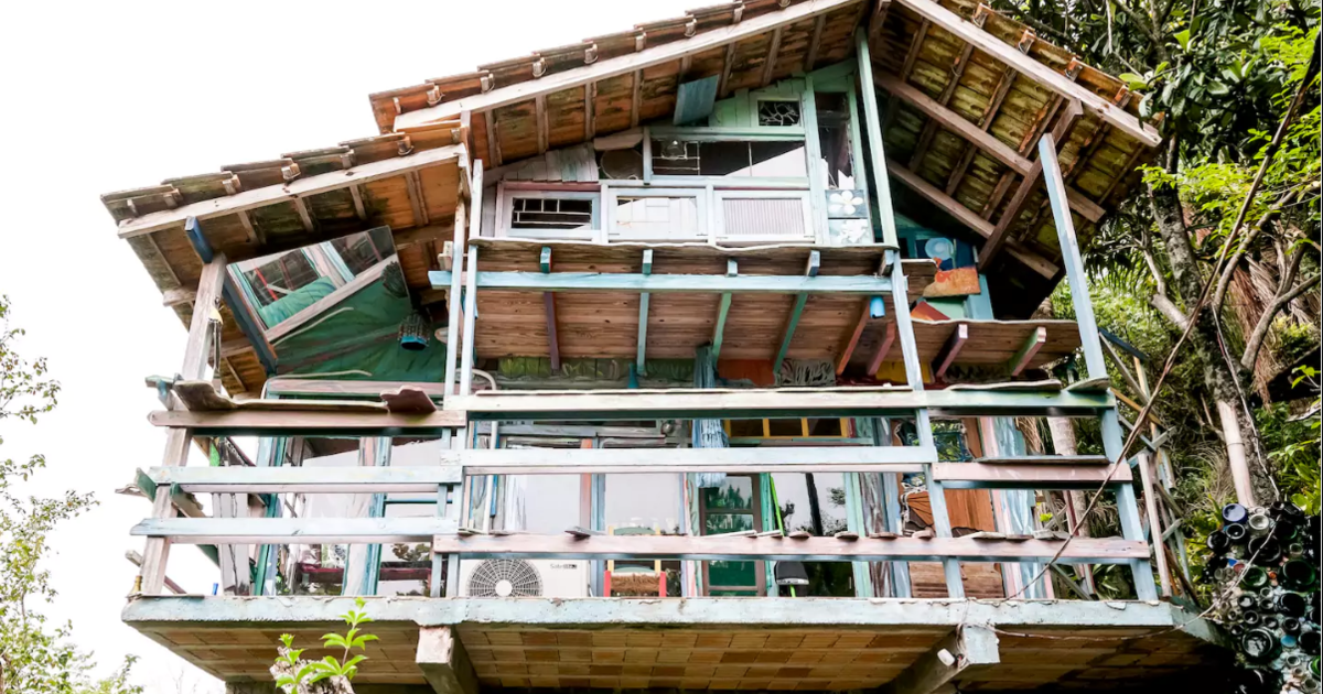 8 homes made from recycled materials cbs news for House made by waste material