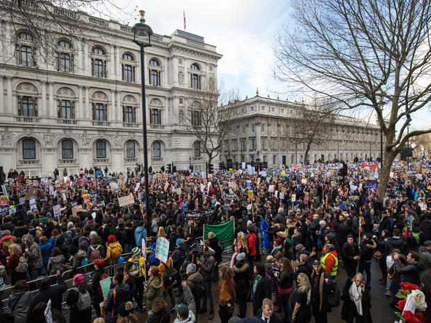 Global protests against Trump's travel ban