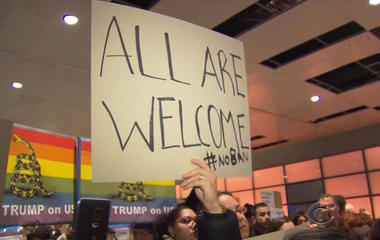 Appeals court rules against Trump on travel ban