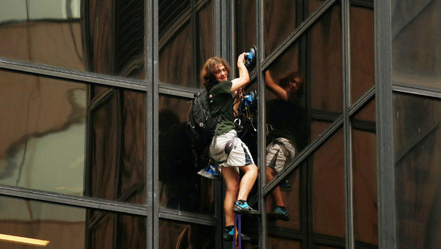 Teen who climbed Trump Tower pleads guilty, avoids jail