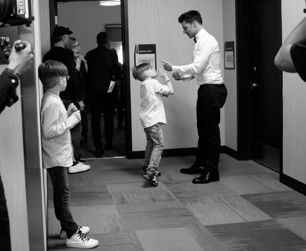 Ricky Martin On Performing Coming Out And Fatherhood Cbs News
