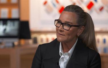 Apple exec Angela Ahrendts on collaborating with designer Jony Ive