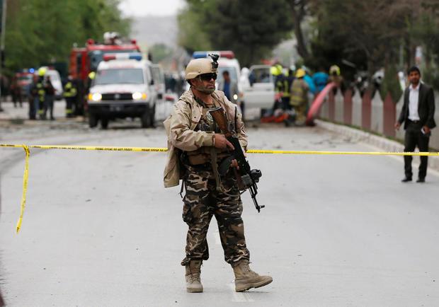 2017-05-03t063246z-794827647-rc1a14002b80-rtrmadp-3-afghanistan-blast.jpg
