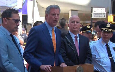 Mayor de Blasio: No indication of terrorism in Times Square crash