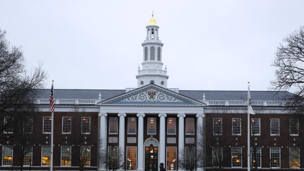 Harvard Faculty Committee Recommends Banning Frats