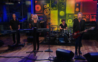 "Saturday Sessions: Lindsey Buckingham and Christine McVie perform ""In My World"""