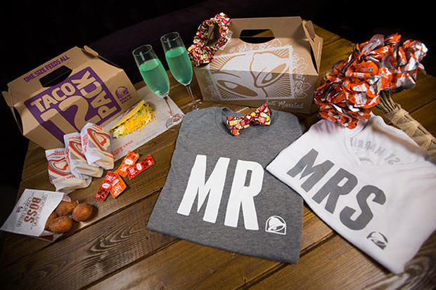 Live Más: Taco Bell weddings are headed to Vegas this summer