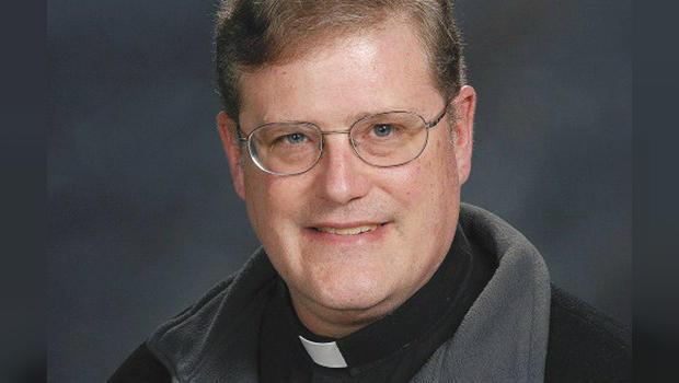 KKK-priest.jpg