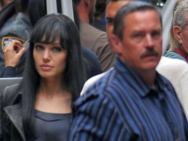 Patrick Gilhuley和Angelina Jolie