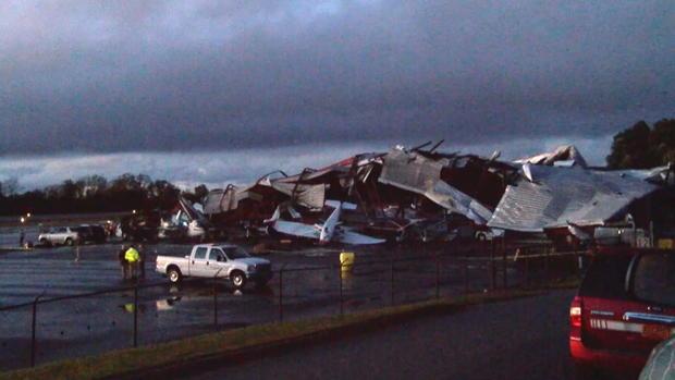 CTM-102417-机场damage.jpg