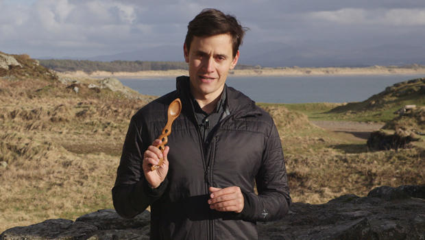 lovespoons-conor-knighton-standup-with-spoon-620.jpg