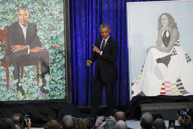 美国前总统奥巴马出席奥巴马在华盛顿史密森尼国家肖像画廊揭幕的画像