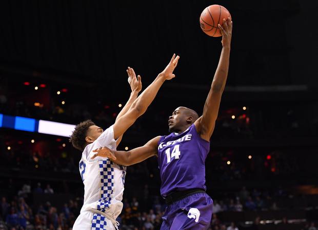 NCAA篮球:NCAA锦标赛 - 南区域 - 堪萨斯州与肯塔基州